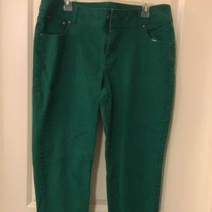 Lane Bryan skinny green jeans .size 16